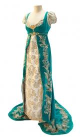 Empire Kleid um 1815 aus Samt mit Stickerei
