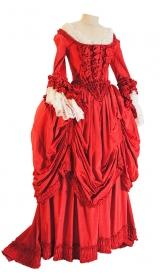 Rokoko Kleid um 1780 aus Moiré mit Rüschen und Plisseeverzierung